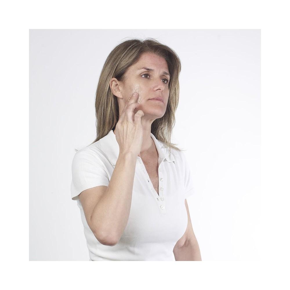 Dermonu - gel impotriva semnelor lasate de acnee